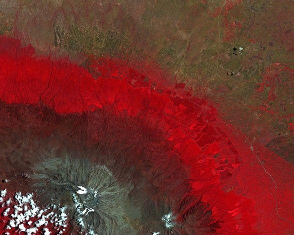Monte Kilimanjaro visto desde el espacio