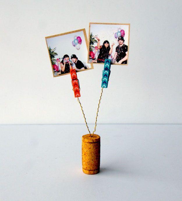 Easy Wine Cork Crafts Picture Holder - DIY Wine Cork Clothespin Picture Holder - DIY Projects