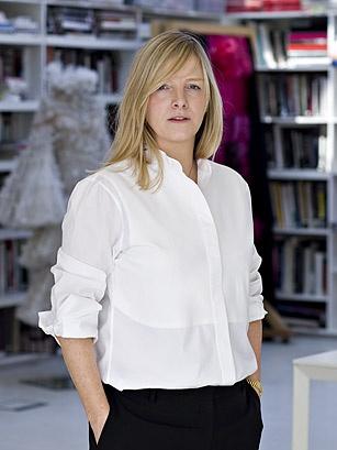 Sarah burton the world 39 s 100 most influential people 2012 for Sarah burton wedding dresses official website