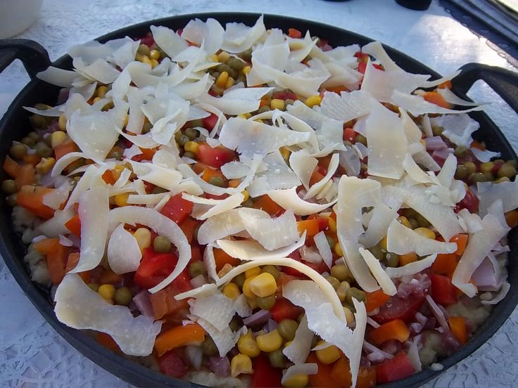 Zutaten    Für den Teig  400 g Kartoffeln  1 Ei Größe M  1 Zwiebel  Salz  Pfeffer  Kümmel  Öl für die Grillpfanne   Für den B...