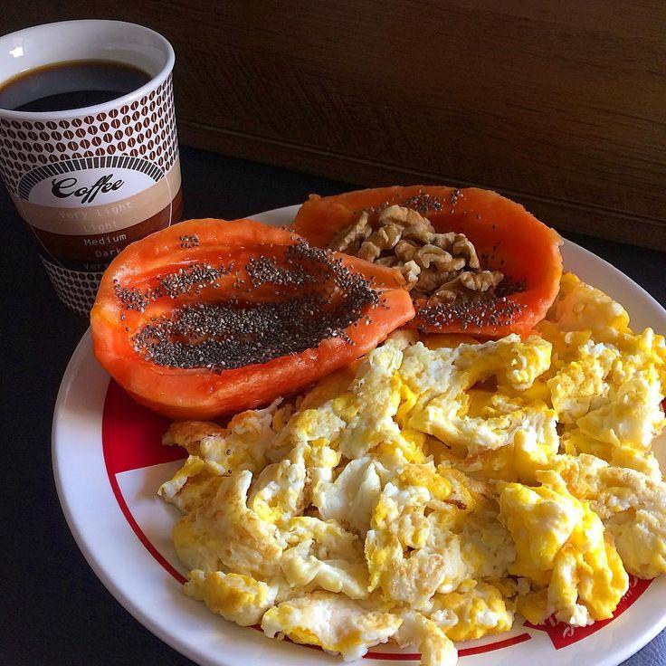 ☕️ café da manhã pré treino/Pre workout breakfast ☕️  alinhar os ingredientes de forma correta, os resultados aparecem sempre, melhor fonte de proteína, ovo/Align the ingredients correctly, results always appear, best source of protein, egg.! #bodybuild
