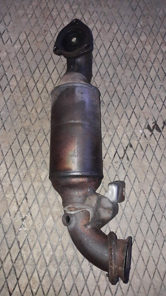 2011 BMW MINI Cooper S Catalytic Converter 7594372 1598cc Turbo R56 Series Cat