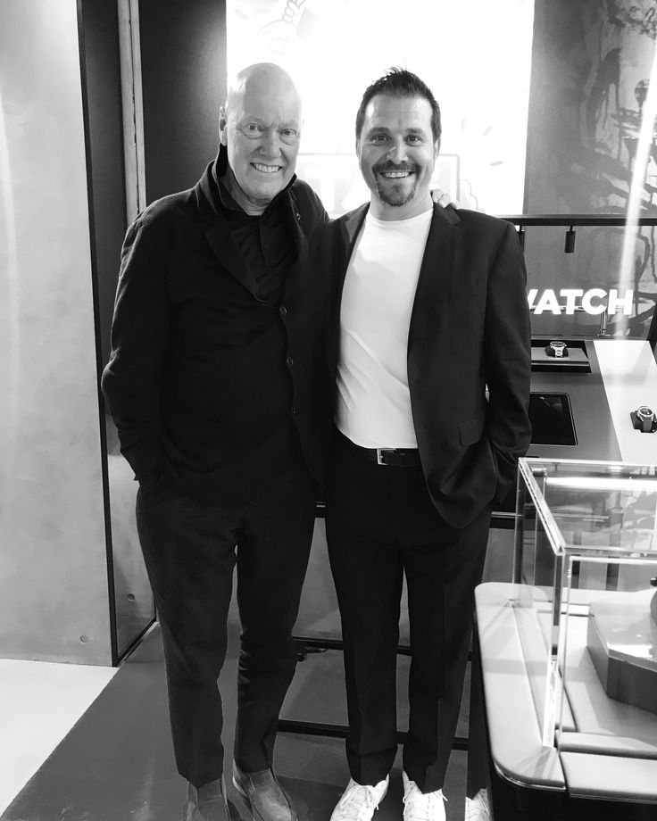 @tagheuer @jcbiver #ginzaopening #ginzaboutique 🇯🇵 revolutionary connected boutique #iTAG