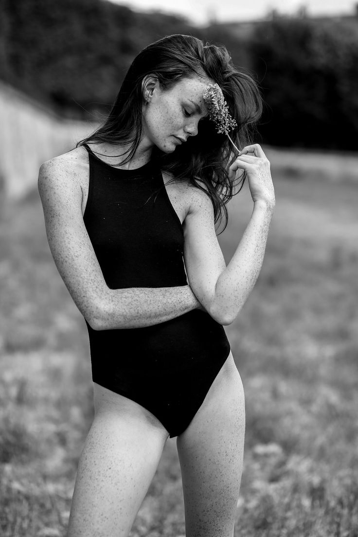 #model #freckles #beauty #atypique #beauté #paris #sexy #inspiration