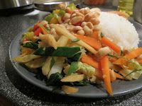 Santoshas veganblogg: Chilihet wok med färsk fänkål