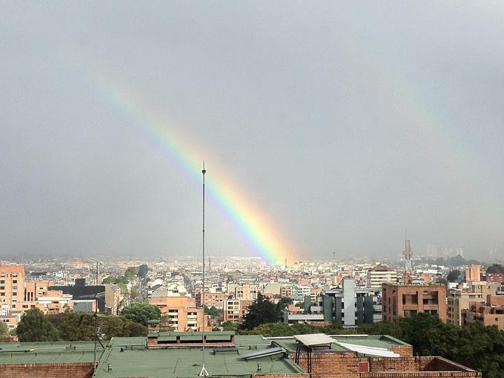 Doble de arco iris, por favor.