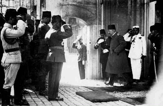 Sultan Mehmed VI.jpg. Last Sultan of Ottoman Empire in 1922 before deposition.