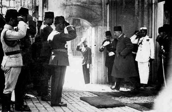 Sultan Mehmed VI.jpg. Last Sultan of Ottoman Empire in 1922 before deposition.