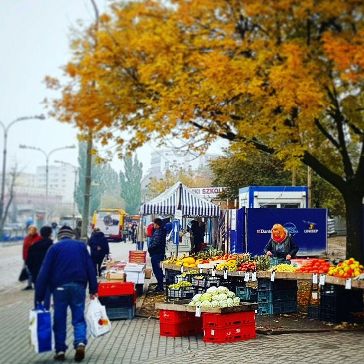 Targ owocowy I warzywny przy Rondzie Wiatraczna - bezkonkurencyjne ceny / freshmarket #urbimine #wydobywamygrochow #imurbiminer