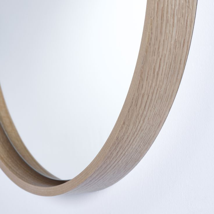 RADIUS M OAK (detail) from Deknudt
