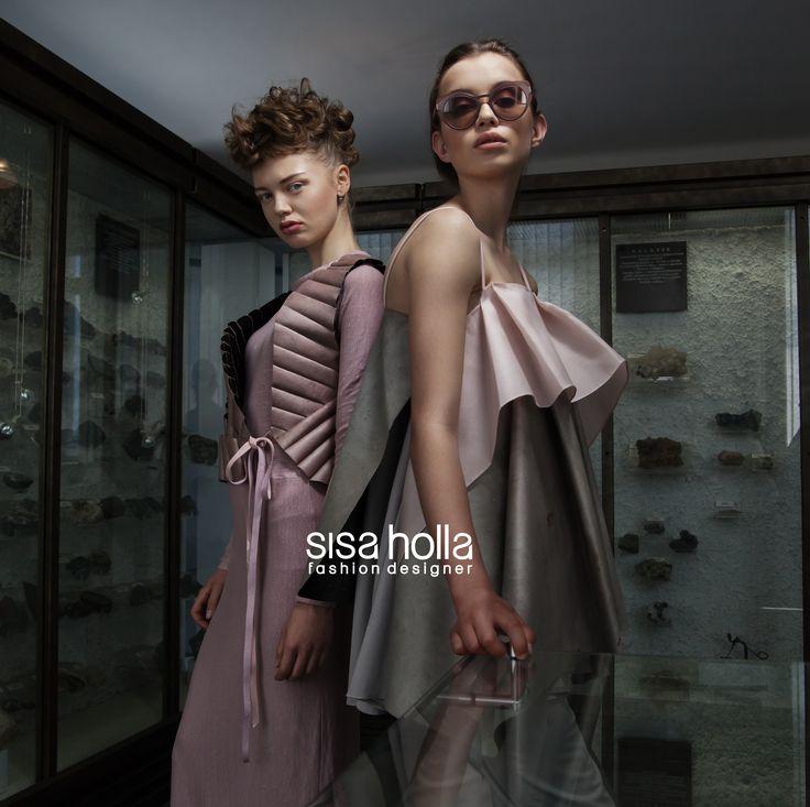Sisa Holla, Fashion designer