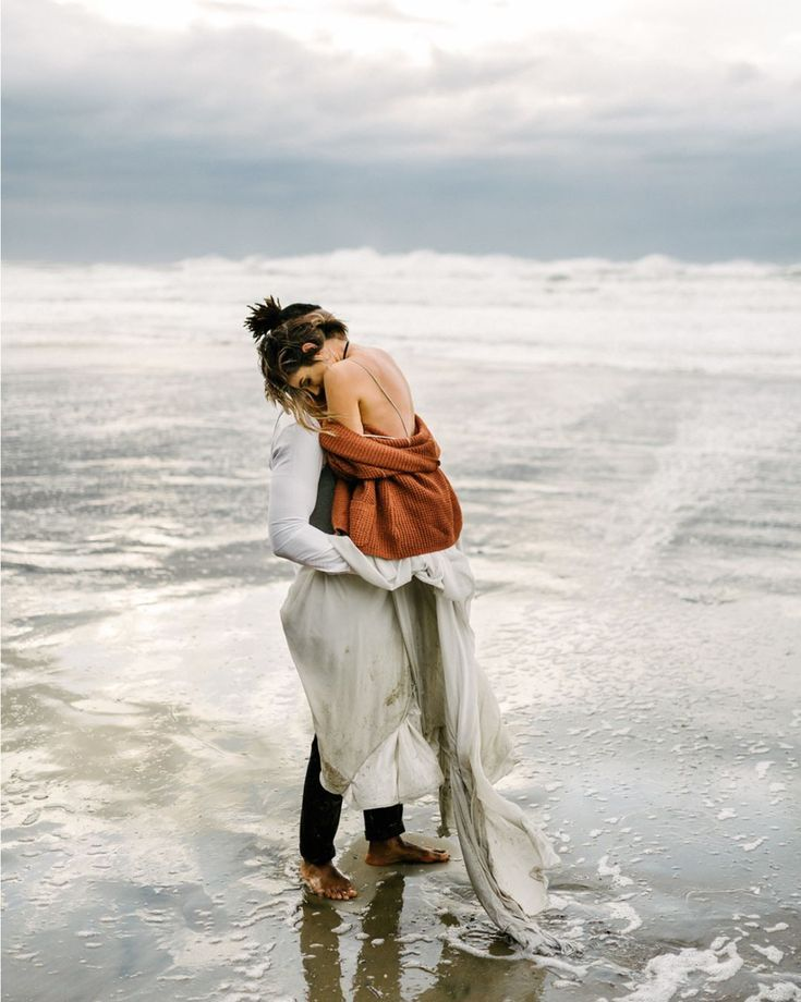 Couples Session In The Water With Images Beach Wedding