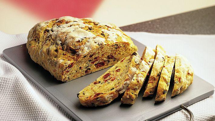 Lei av loff og kjøpebrød som ikke smaker så mye? Prøv dette sammen med aïoli eller kryddersmør ved siden av maten.