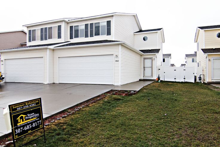 Turnkey townhome waiting! 3800 Lunar Ave in Gillette, WY would be a great start if you're looking into homeownership! Call Team Properties Group for more info 307.685.8177