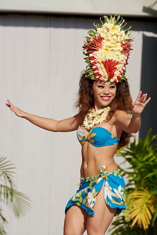 Gorgeous hawaiian girls — img 8