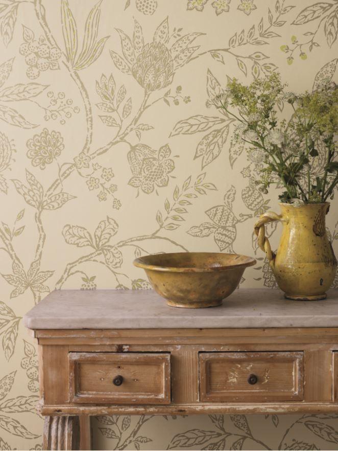 Sanderson's Solaine wallpaper design .