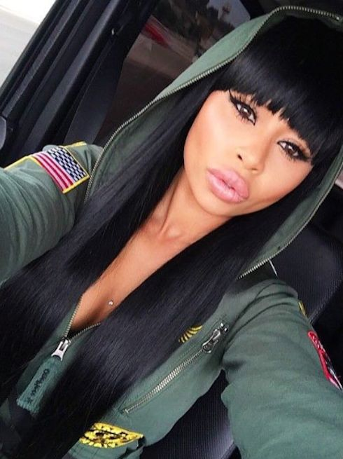 Blac Chyna Gets Future's Name Tattooed On Her Hand — Getting Serious? - http://blog.clairepeetz.com/blac-chyna-gets-futures-name-tattooed-on-her-hand-getting-serious/