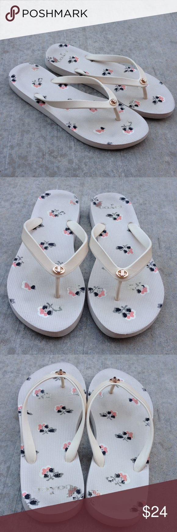 Coach cream  flip flops Gently worn , rubber size 9-10, 🌟MAkE A REASONABLE OFFER🌟 Coach Shoes