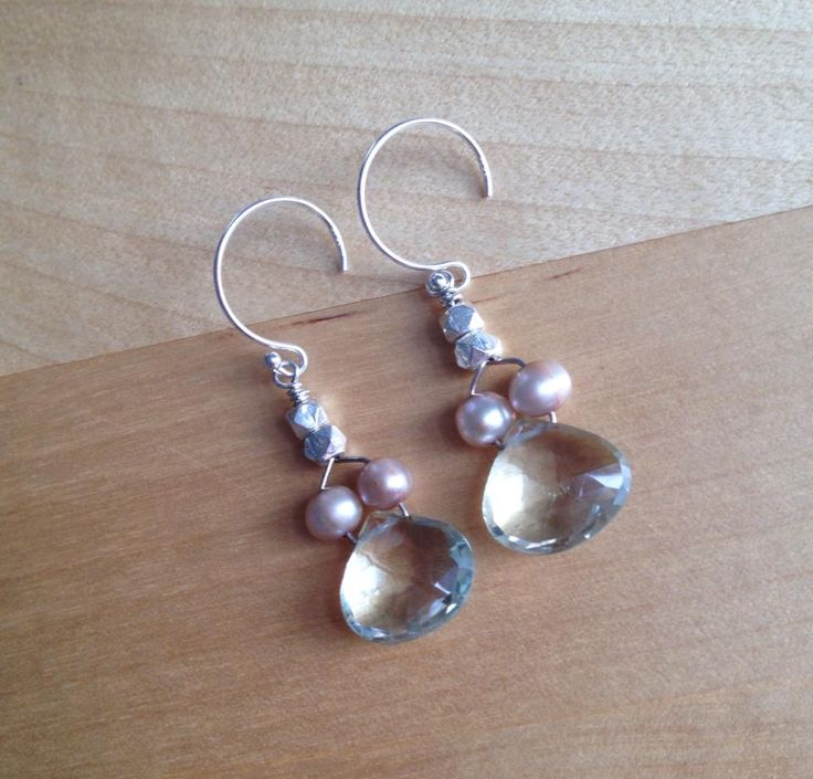 Faceted Green Amethyst and Freshwater Pearl Earrings (MGE74) $39.00