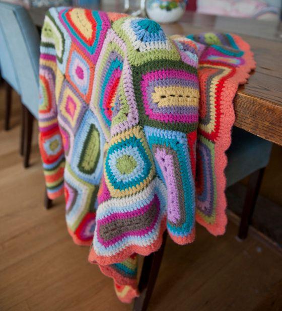 Weegoamigo crochet blanket as seen on Offspring