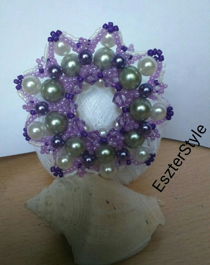 EWA: Elda pendant