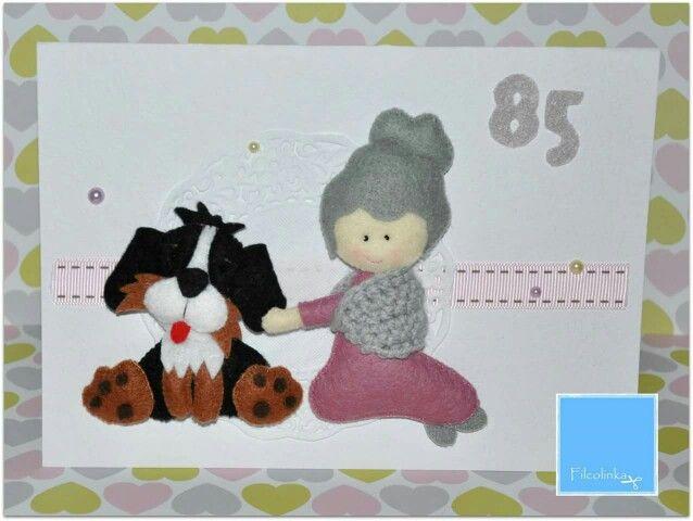 Kartka z okazji 85 urodzin dla babci uwielbiającej psa wnuczki