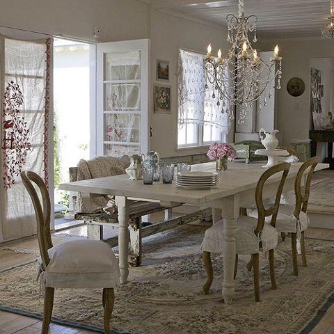 Beautiful Dinning Space Photo Rachel Ashwell