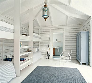 Brilliant bunk room, perfect for a beach house.