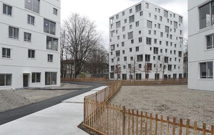 Как выглядят дворы социального жилья в Европе: gre4ark