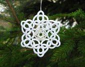 3 Christmas Snowflakes ornaments Tatted lace and beads - set of three lace big stars X-mas star