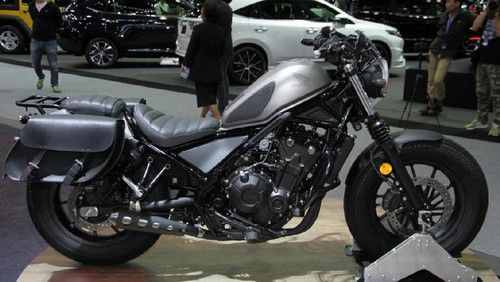 Motor Cruiser 500 cc Honda Dibawa ke Thailand. Honda secara global telah meluncurkan motor cruiser bermesin 500 cc, Honda Rebel 500