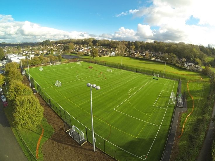 Artificial turf provides all-weather playing advantages and durability to football/soccer clubs in the UK. Pictured: SOMERVALE SCHOOL, England #syntheticturf