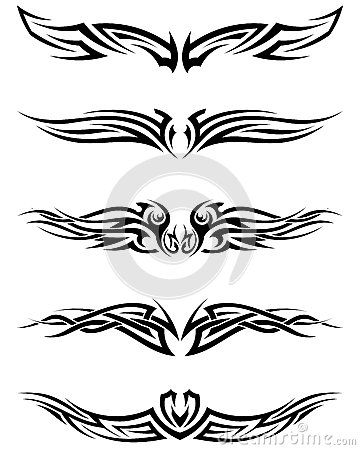 Tatuagens tribais ajustadas