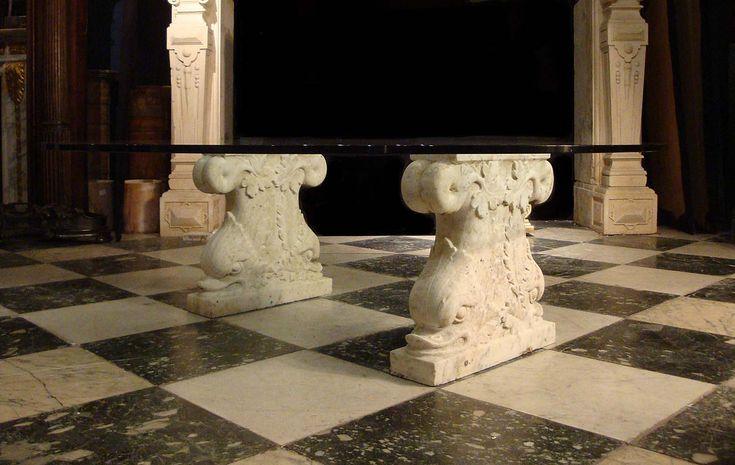 антикварная пара мраморные таблицы базы плинтусы Дельфины 19с.Итальянский.