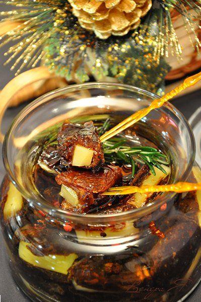 Маринованные финики, фаршированные сыром (отличная закуска к вину для праздничного стола)