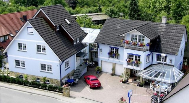 Pension Jäger - 3 Star #Guesthouses - $106 - #Hotels #Germany #Rust http://www.justigo.com.au/hotels/germany/rust/gastehaus-jager_200329.html