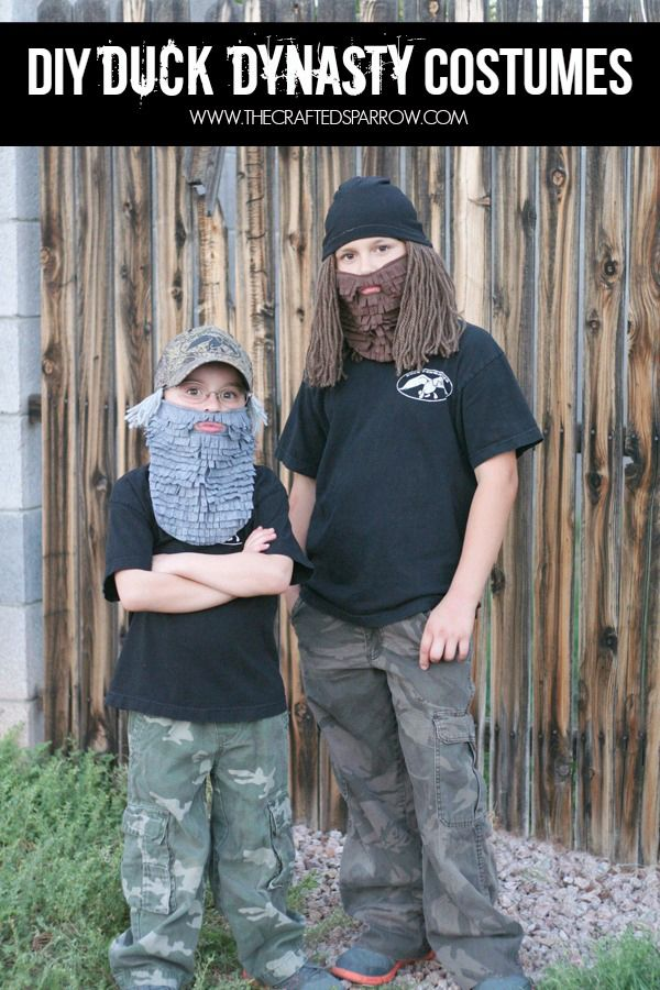 DIY Duck Dynasty Costumes - thecraftedsparrow.com