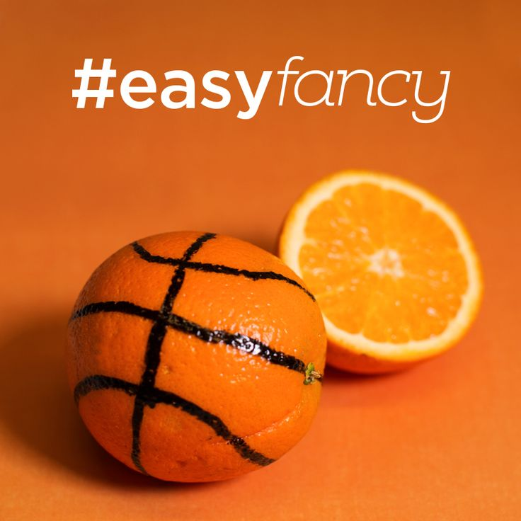 Create your own #EasyFancy #basketball snacks with navel oranges and a permanent marker! #DiscoverFresh