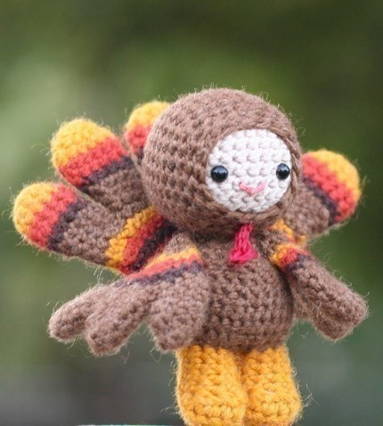 Cute crocheted turkey. I wish I could crochet.