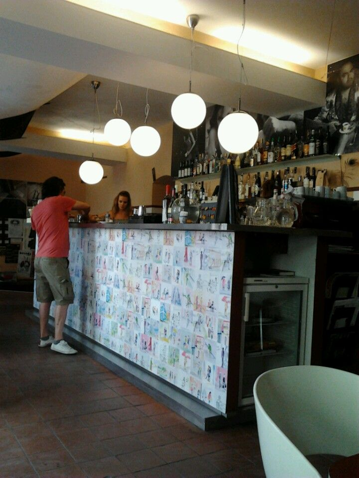 Café Mezzanine - cute & cozy & pretty full -> make a reservation