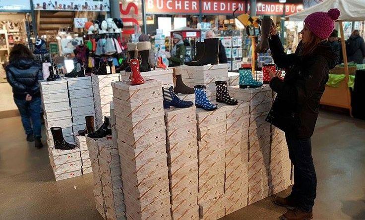 Gosch Shoes in der Alten Tonnenhalle in List auf Sylt. Jetzt die neue Frühjahr-Sommer Kollektion #gosch #sylt #tonnenhalle #list #sommer-kollektion