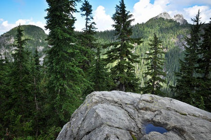 Crown Mountain hike is a thrilling North Shore classic. #hiking