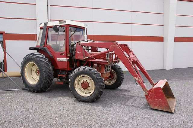 International 685xl Tractor Tractors Otago Doncaster