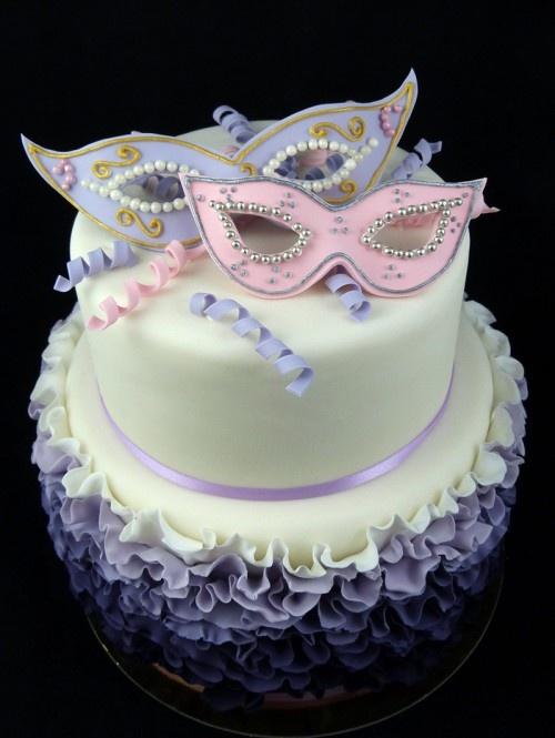 Maschere di Carnevale Cake
