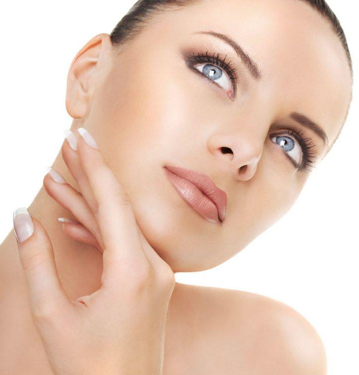 Revitalización Facial (Mesoterapia Facial Antioxidante) - La principal indicación de la mesoterapia es la prevención y el tratamiento del envejecimiento cutáneo y se realiza mediante microinyecciones en las zonas de la piel afectada.