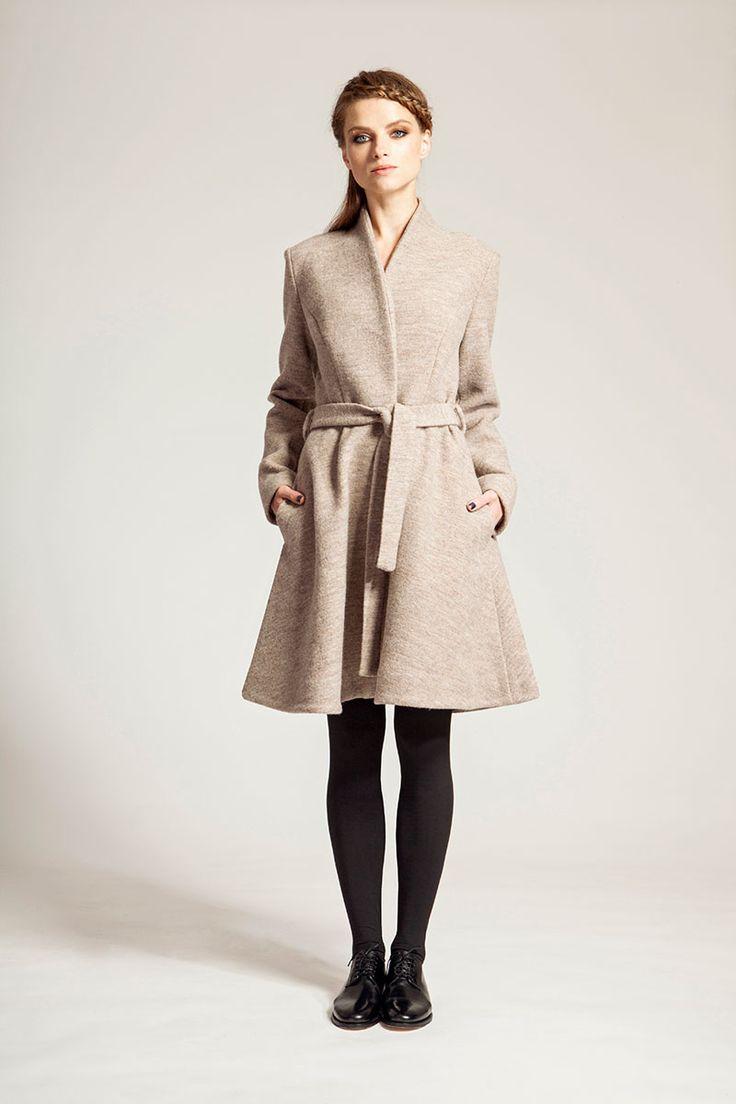 IMRECZEOVA FW16 camel merino wool coat