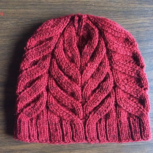 """The """"Magnolia""""  <  Ribbing grows right into hat"""