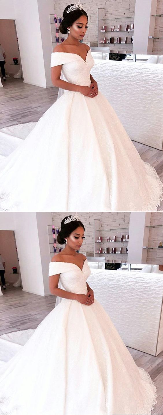 dresses with sleeves or open back. Vintage backless a line mermaid ballgown off the shoulder wedding dresses, fit and flare boho princess gowns. elegant strapless simple gowns with lace, plus size with straps short and flowy. sweetheart high neck long train with romantic vibes
