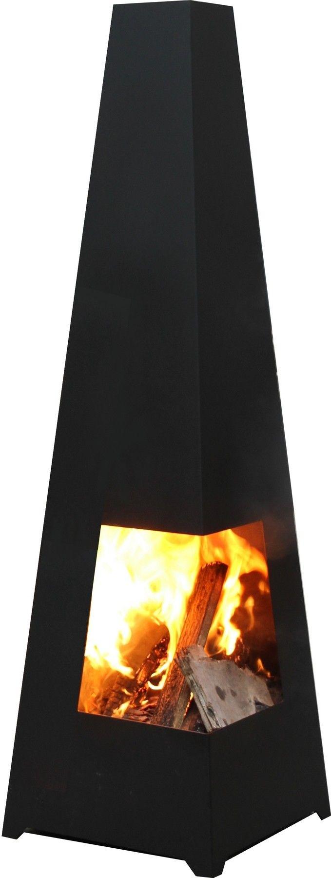 De #Terrashaard Chacana is een stijlvolle en moderne terrashaard. De Chacana heeft een vierkant model dat taps toeloopt. Hierdoor heeft de haard een goede trek. De stalen haard is door en door gelast en kan daardoor tegen een stootje. Neem met vrienden gezellig plaats rond de haard, schenk een lekker glaasje in en geniet tot laat in de avond van de bewegende vlammen!