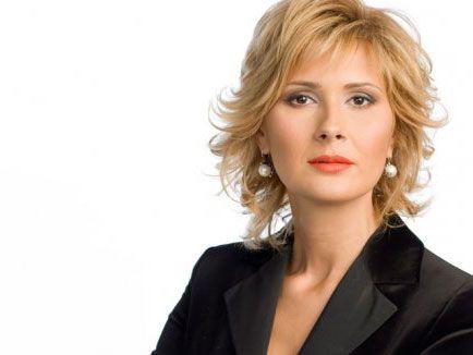 "Sandra Stoicescu: ""Nu-mi doresc un barbat in lesa"""